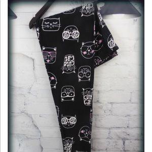 Cat bundle in extra curvy leggings